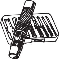 (9) PIECE PUNCH SET WITH CASE