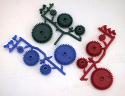 PLASTIC GEAR SET WITH BUSHINGS