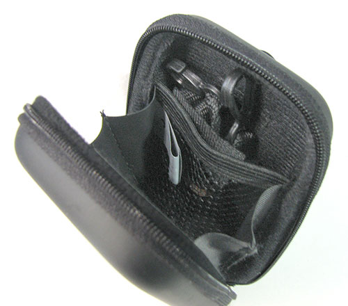 SMALL ZIPPERED BLACK CARRYING CASE