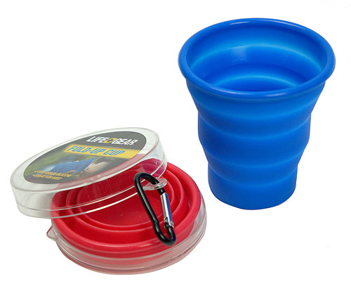 COLLAPSIBLE CUP WITH CARABINER