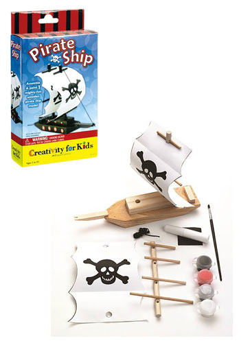 WOODEN PIRATE SHIP KIT