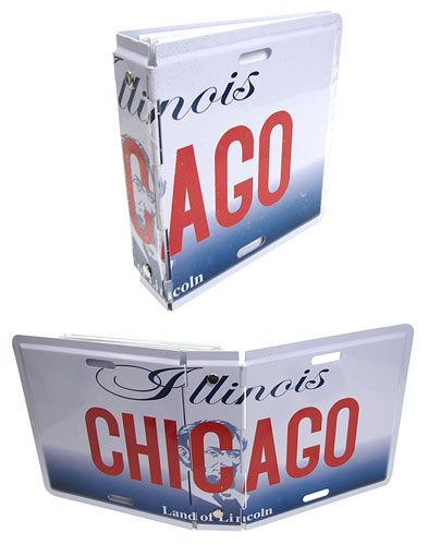 CHICAGO-THEMED LICENSE PLATE PHOTO BINDER