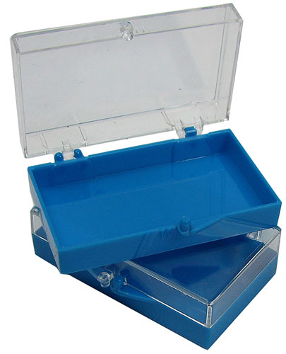 SMALL PLASTIC SNAP-TOP BOXES