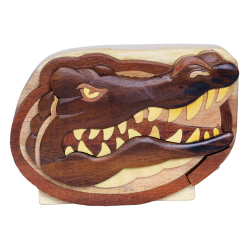 HAND-CARVED WOODEN GATOR SAFE STORAGE BOX
