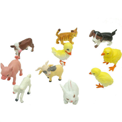 10-PIECE PLASTIC FARM ANIMAL SET
