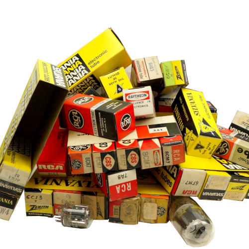 ASSORTED TV AND AMPLIFIER VACUUM TUBES